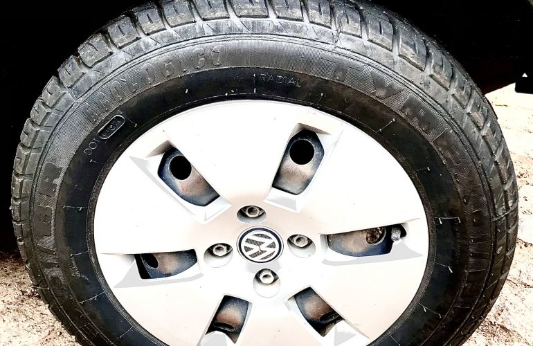Volkswagen Up! 1.0 12v E-Flex black up! I-Motion - Foto #5