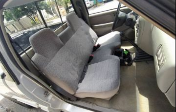 Chevrolet S10 Luxe 4x4 4.3 SFi V6 (Cab Simples) - Foto #5