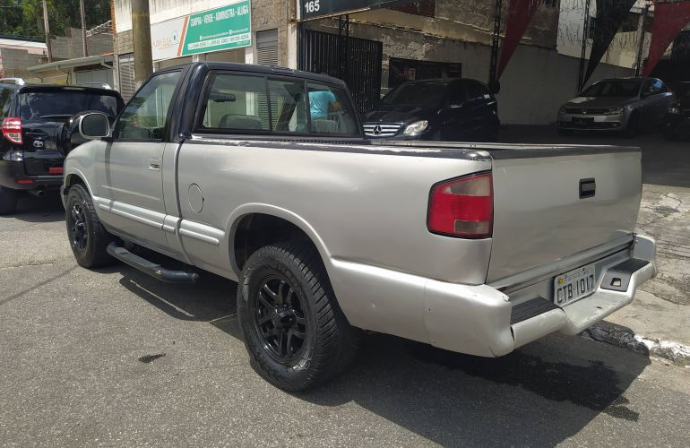 Chevrolet S10 Luxe 4x4 4.3 SFi V6 (Cab Simples) - Foto #7