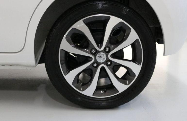 Nissan March SL CVT 1.6 16V Flex - Foto #5