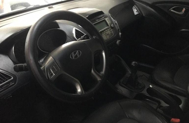 Hyundai Ix35 2.0 MPi 4x2 16v - Foto #2