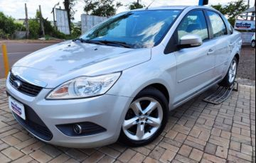 Ford Focus Sedan GLX 2.0 16V (Flex)