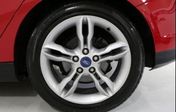 Ford Focus SE 2.0 PowerShift - Foto #4