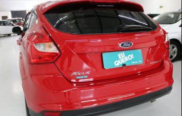 Ford Focus SE 2.0 PowerShift - Foto #5