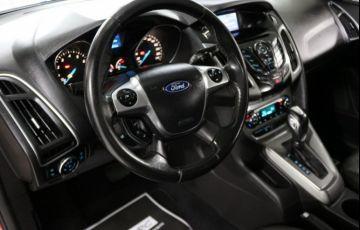 Ford Focus SE 2.0 PowerShift - Foto #9