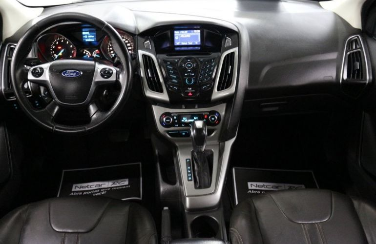 Ford Focus SE 2.0 PowerShift - Foto #10