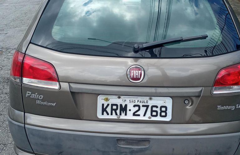 Fiat Palio Weekend Trekking 1.8 8V (Flex) - Foto #1