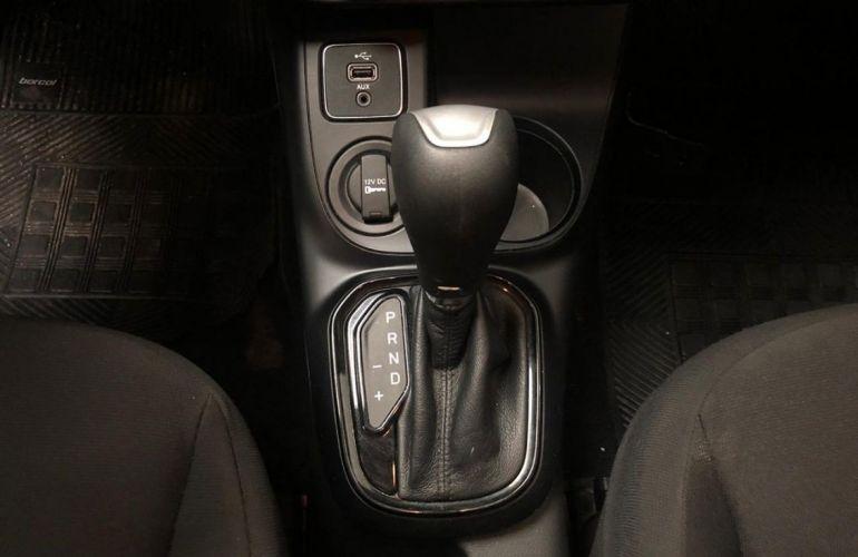 Fiat Toro 1.8 16V Evo Freedom - Foto #6