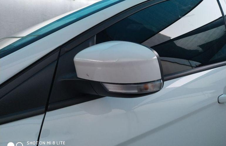 Ford Focus 2.0 SE Plus 16v - Foto #10