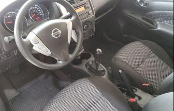 Nissan Versa 1.6 16V Flexstart S - Foto #9