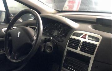 Peugeot 307 2.0 Feline 16v - Foto #2