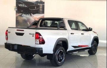 Toyota Hilux 2.8 Gr Sport 4x4 CD 16v - Foto #3
