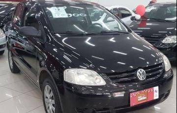 Volkswagen Fox City 1.0 Mi 8V Total Flex - Foto #2