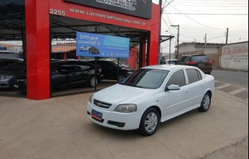 Chevrolet Astra 2.0 MPFi Elegance Sedan 8v - Foto #1