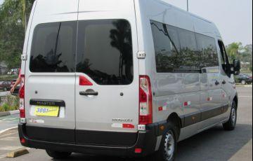 Renault Master 2.3 DCi Minibus Executive L3h2 16 Lugares 16v - Foto #2