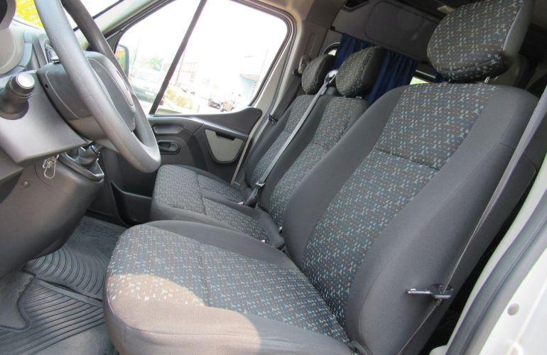 Renault Master 2.3 DCi Minibus Executive L3h2 16 Lugares 16v - Foto #9