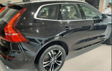 Volvo XC60 2.0 T5 Momentum AWD Geartronic - Foto #3