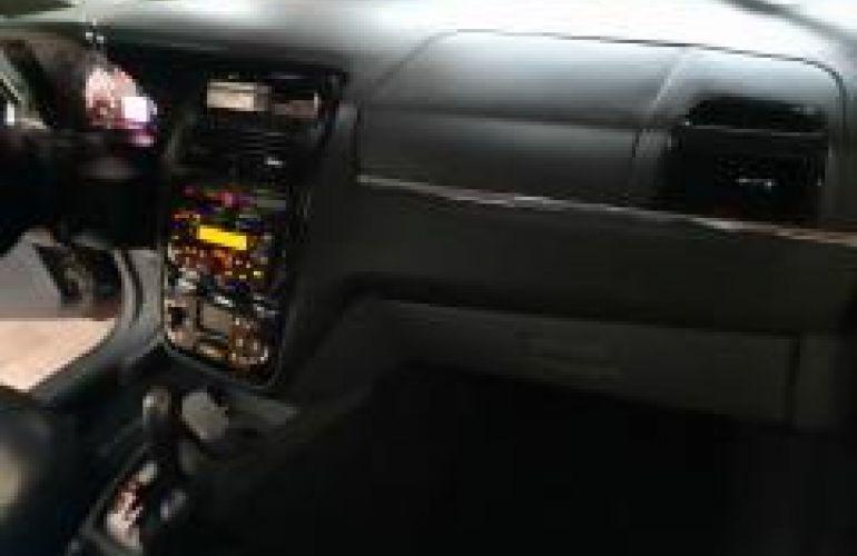 Fiat Linea Absolute 1.8 16V Dualogic (Flex) - Foto #8