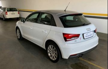 Audi A1 Sportback Attraction S-tronic 1.4 TFSI 16V - Foto #4