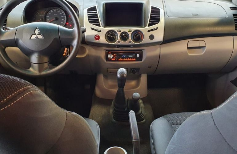 Mitsubishi L200 Triton 3.2 GL 4x4 CD 16V Turbo Intercoler - Foto #5