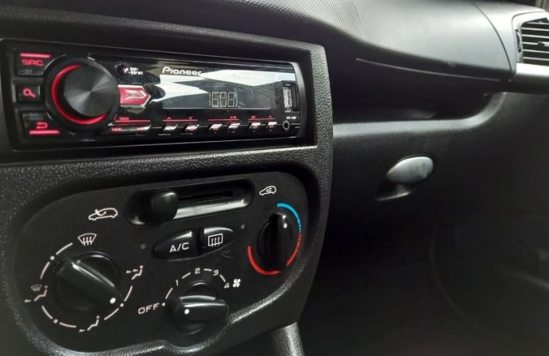 Peugeot 207 1.4 Xr Sport 8v - Foto #6