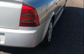 Chevrolet Astra Sedan CD 2.0 8V - Foto #4