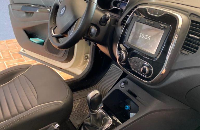 Renault Captur Intense 1.6 16v SCe X-Tronic - Foto #8