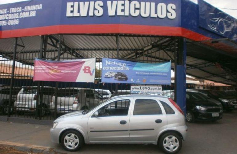 Chevrolet Corsa 1.0 MPFi Joy 8v - Foto #1