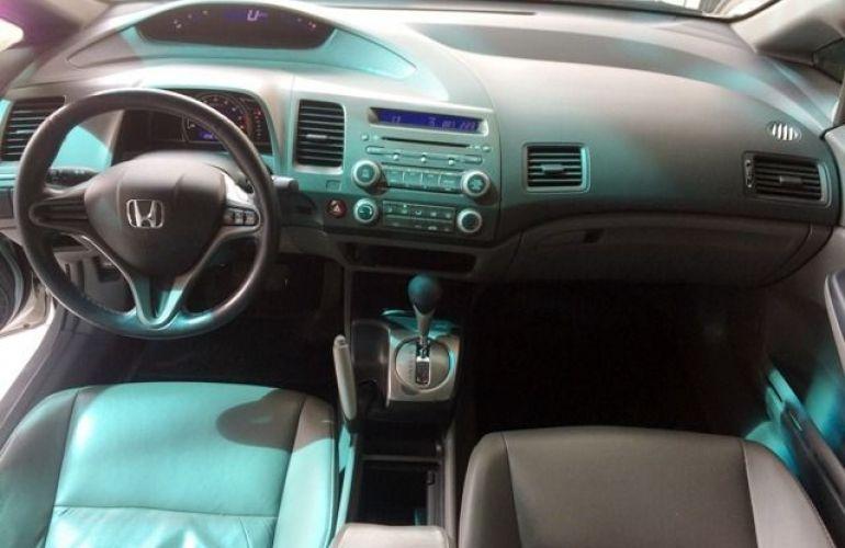 Honda Civic LXS 1.8 16V Flex - Foto #8