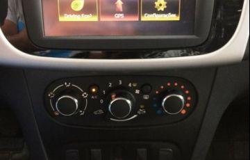 Renault Sandero Expression 1.0 16V Hi-Flex - Foto #4