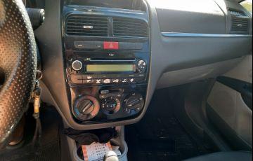 Fiat Linea LX 1.9 16V Dualogic (Flex)