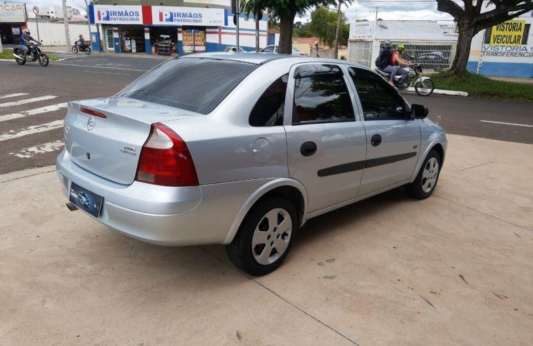 Chevrolet Corsa 1.0 MPFi Joy 8v - Foto #3