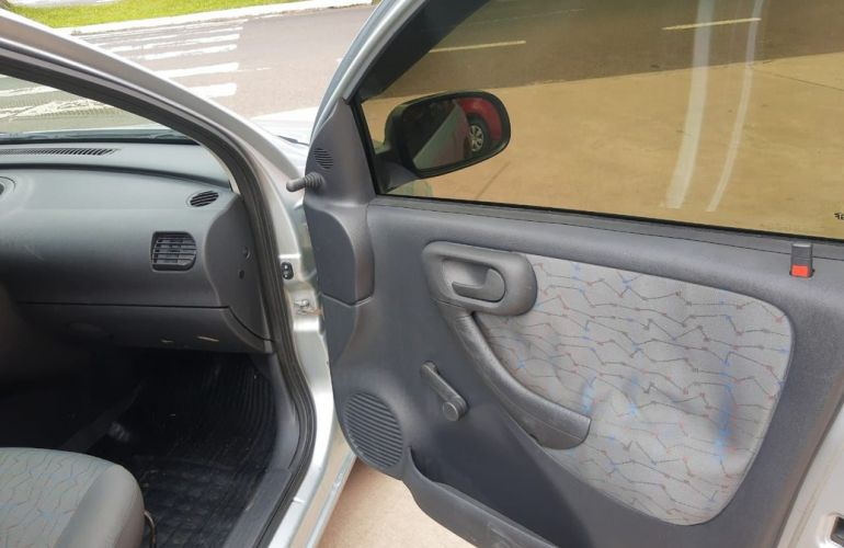 Chevrolet Corsa 1.0 MPFi Joy 8v - Foto #5