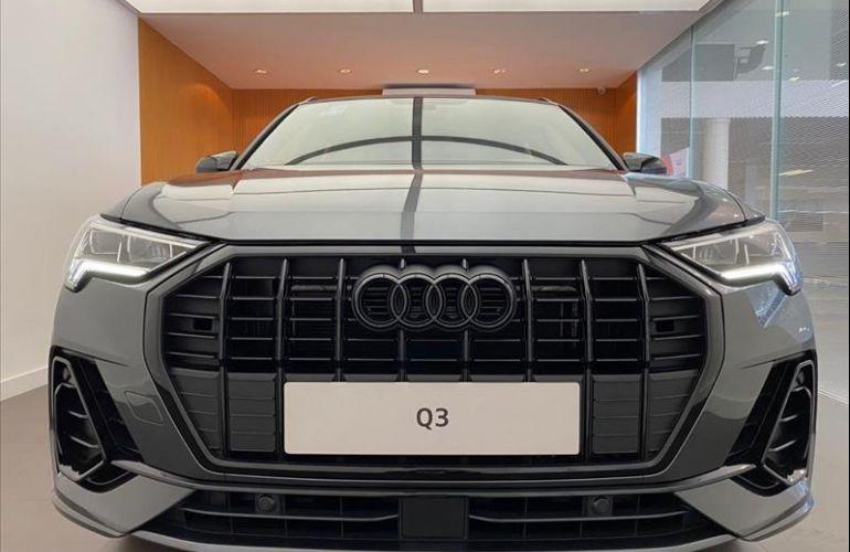 Audi Q3 1.4 35 TFSI Black S Line S Tronic - Foto #1