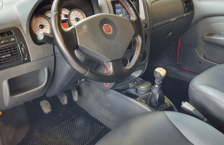 Fiat Strada 1.8 MPi Adventure CE 8v - Foto #6