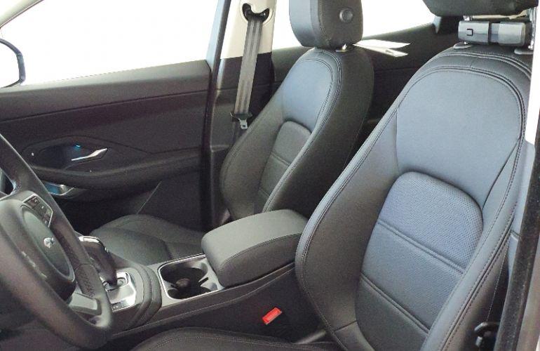Jaguar E-PACE 2.0 16V P250 S AWD - Foto #9