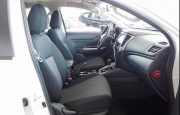 Mitsubishi L200 Triton Sport GLS AT 2.4L 190 CV - Foto #8