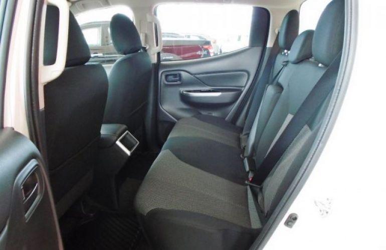 Mitsubishi L200 Triton Sport GLS AT 2.4L 190 CV - Foto #9