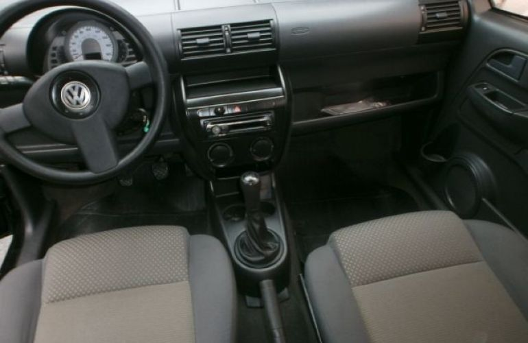Volkswagen Fox 1.0 Mi Plus 8v - Foto #8