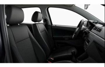 Volkswagen Voyage 1.0 12v MPi Total - Foto #4