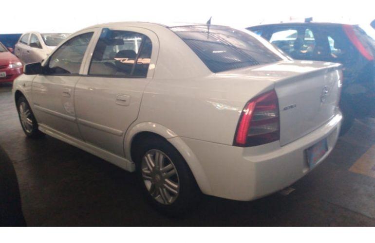 Chevrolet Astra Sedan Elegance 2.0 (Flex) - Foto #5