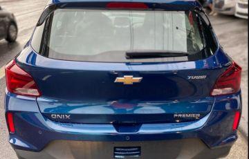 Chevrolet Onix 1.0 Turbo Premier - Foto #6