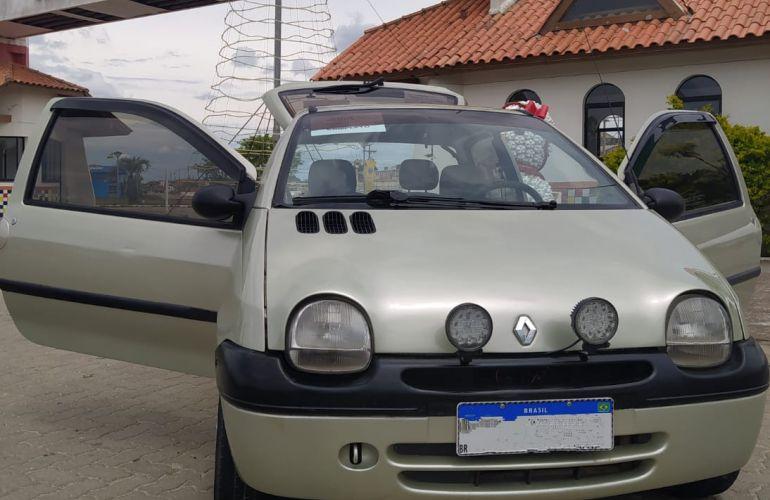 Renault Twingo 1.0 8V Pack - Foto #6