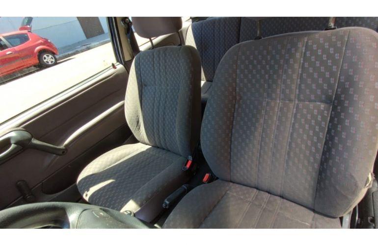 Chevrolet Corsa Hatch Wind 1.0 EFi - Foto #10