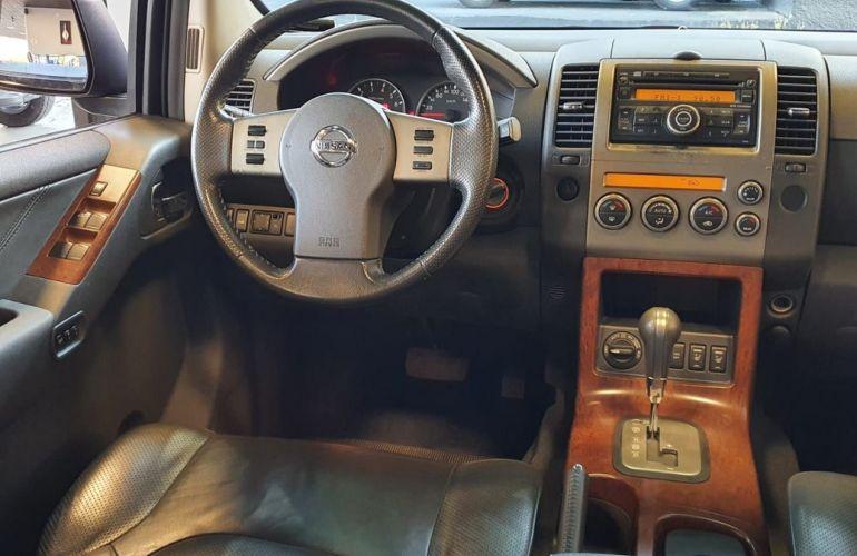 Nissan Pathfinder 4.0 Le 4x4 V6 24v - Foto #7