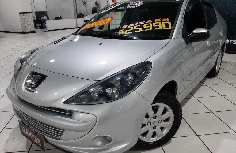 Peugeot 207 1.4 Xr Passion Sport 8v - Foto #3