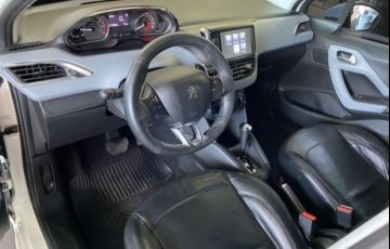 Peugeot 208 1.6 Active Pack 16v - Foto #7
