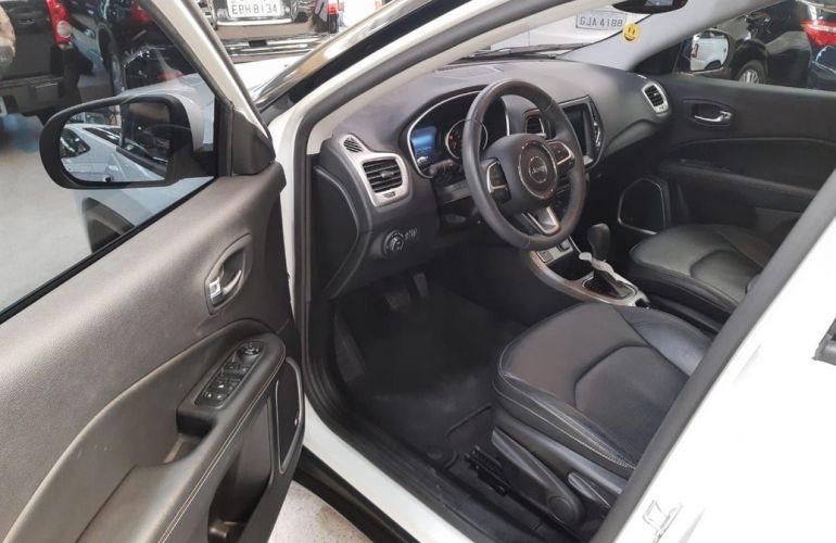 Ford Fiesta 1.6 MPi Class 8v - Foto #9