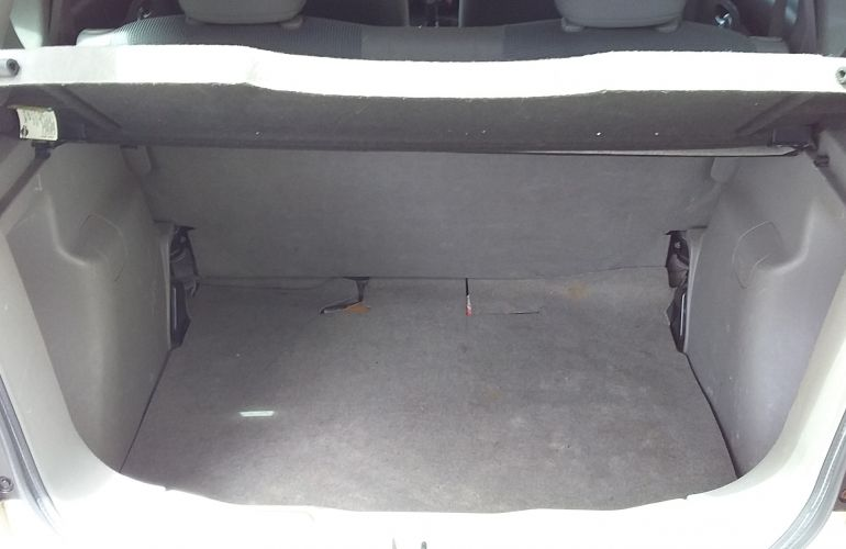 Nissan Livina S 1.6 16V (flex) - Foto #1