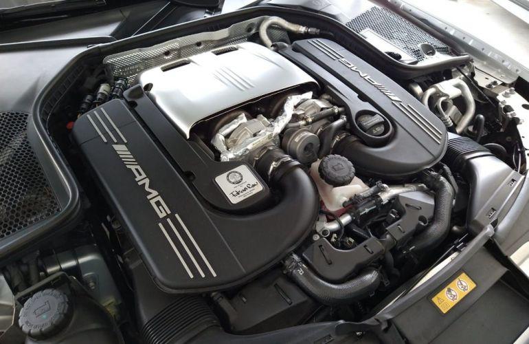 Mercedes-Benz C 63 Amg 4.0 V8 Turbo Sedan - Foto #6